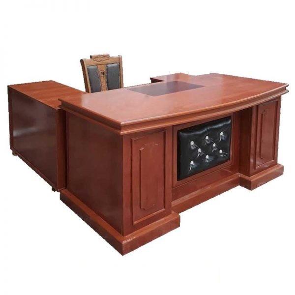 các kiểu bàn giám đốc