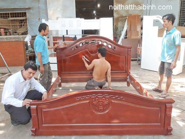 Giường ngủ hiện đại giá rẻ tại TPHCM